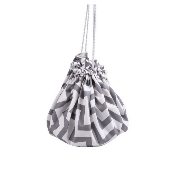 Play Mat & Toy Bag | Grey Zigzag