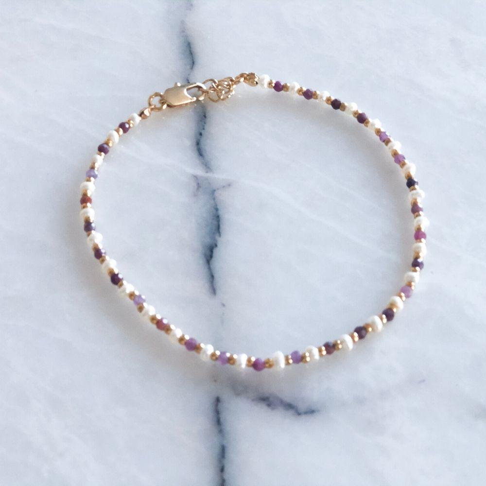 Lilian Natural Pearl & Ruby-Sapphire Anklet