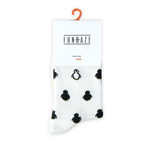 Fundaze branded ivory bamboo socks with Penguin pattern at hippist.co.uk