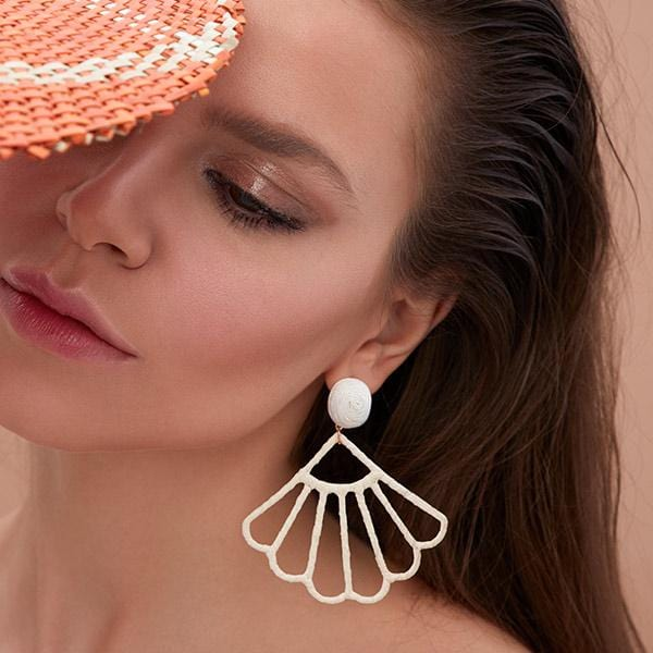 ponponiere branded white colour silk thread and raffia hand-knitted seashell in form earrings at hippist.co.uk