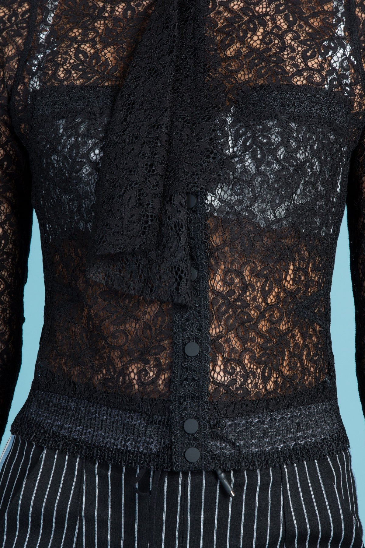 End-Lace Cravat Cardigan