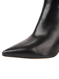 Womens Black Leather Gal Bootie 6