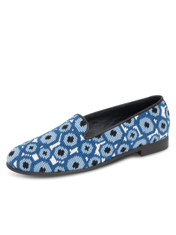 Womens Multi Eye Needlepoint Loafer