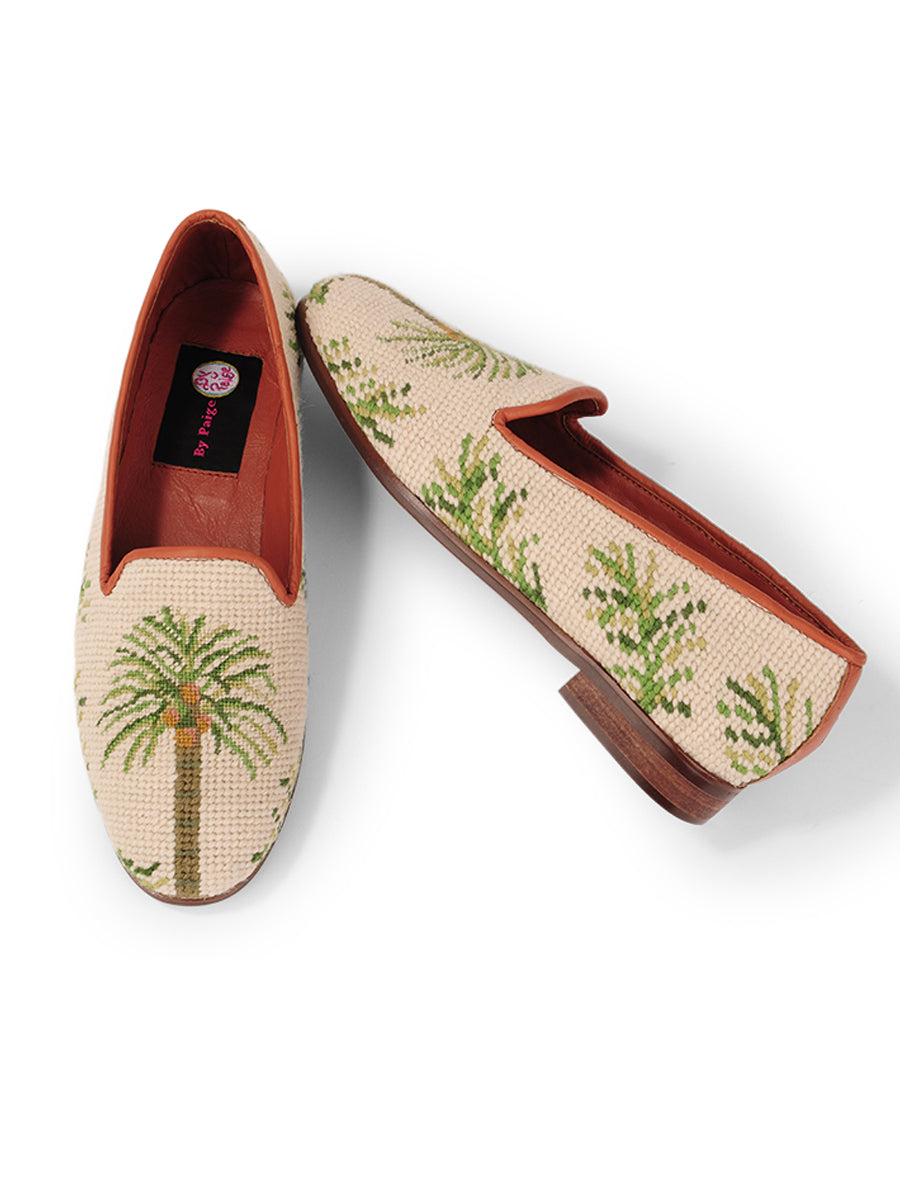Womens Traditional Palm on Sand Needlepoint Loafer
