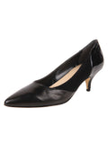 Black pump composed of leather, suede, and patent