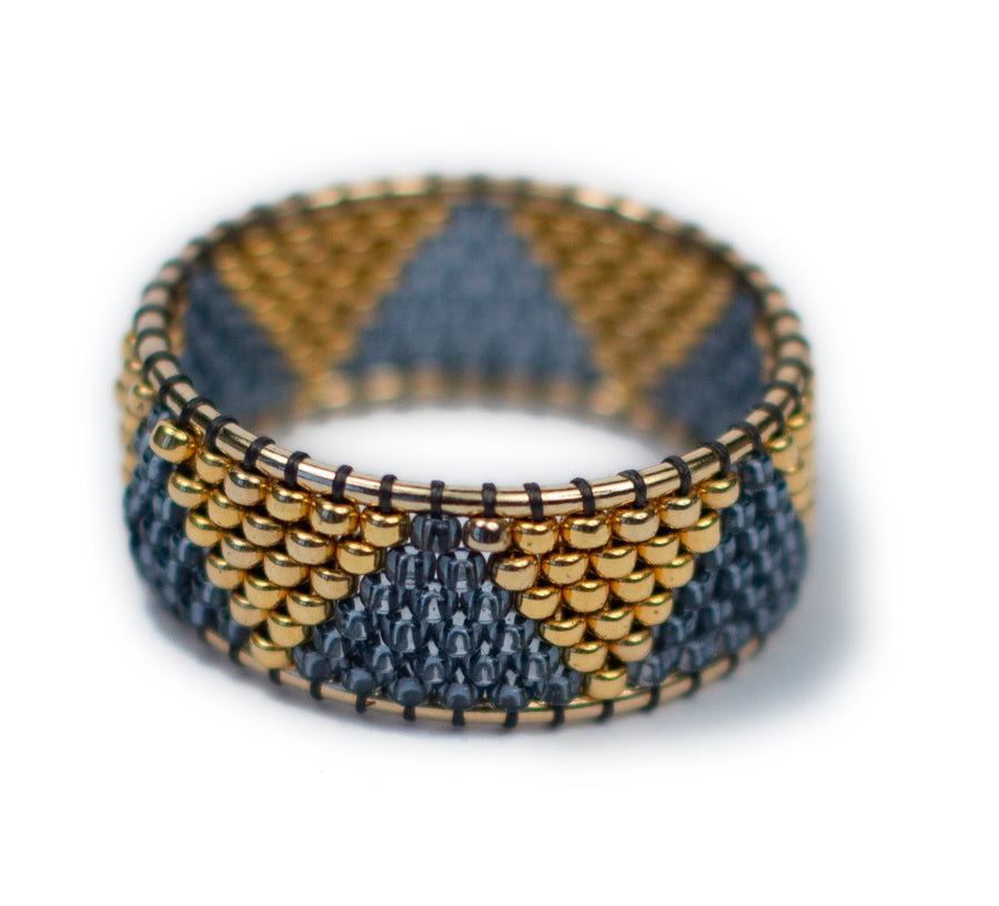 Knitwear Ring in Gold