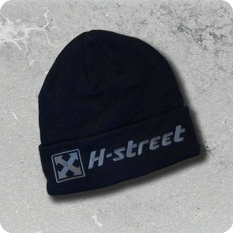 H-STREET EMBROIDERED </p> SKULL BEANIE