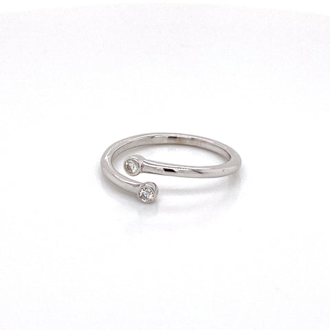 Bezel Set Diamond and .925 Silver Bypass ring, Open Ring, Adjustable Ring, Minimalist Ring, 0.06 ct, Adjustable