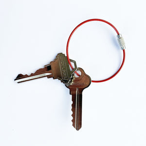 cable_keyring_red_SDOCWH2HVCG5.jpg