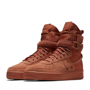 NIKE - SF AIR FORCE 1 (DUSTY PEACH)