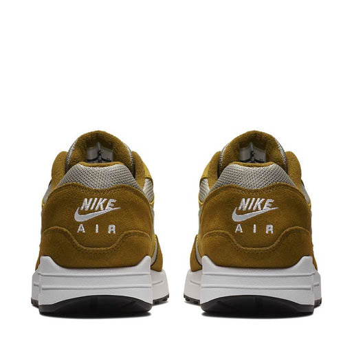 "NIKE - AIR MAX 1 PRM RETRO QS ""GREEN CURRY"" (OLIVE FLAX/ SPRUCE FOG)"
