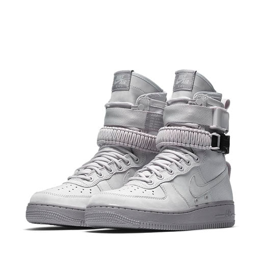 NIKE - WMNS SF AIR FORCE 1 (VAST GREY)