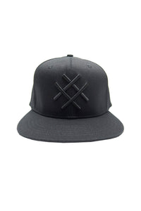 LUCID FC - LOGO FITTED HAT (BLK)