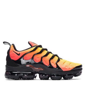 NIKE - AIR VAPORMAX PLUS (BLACK TOTAL ORANGE) – Epitome ATL e98a40d84