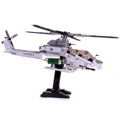 AH-1Z Viper Attack Helicopter - Minifig Scale