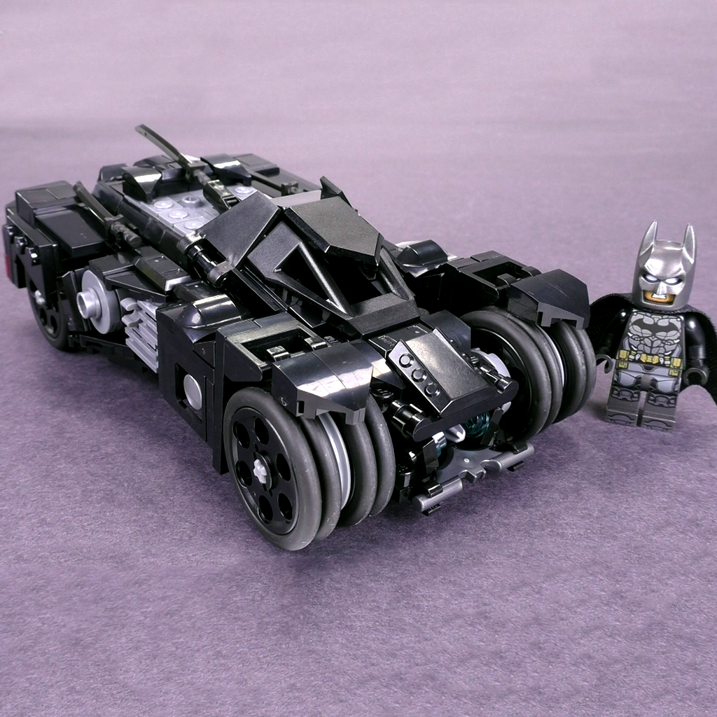 Arkham Knight Batmobile - Minifig Scale