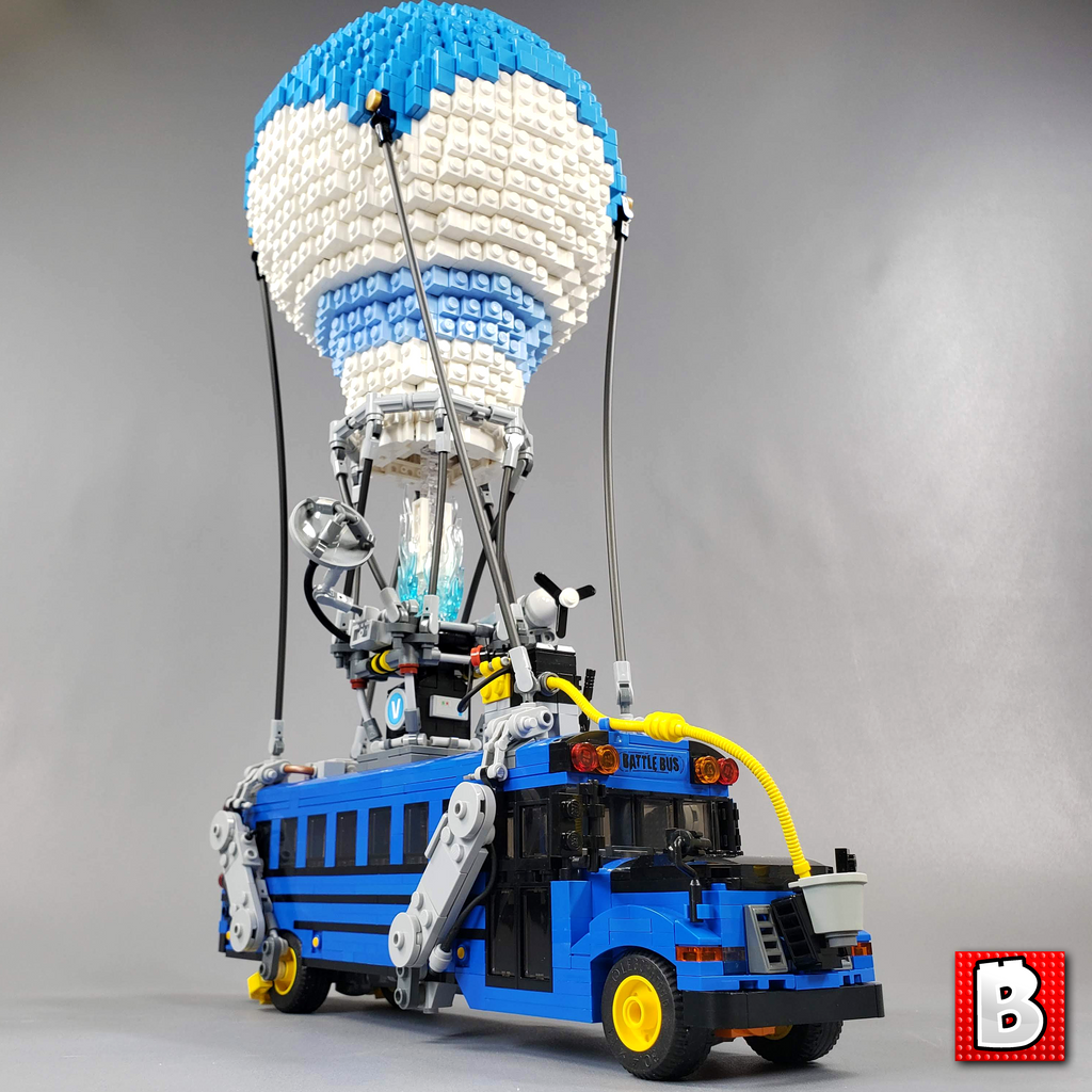 Battle Bus - Fortnite