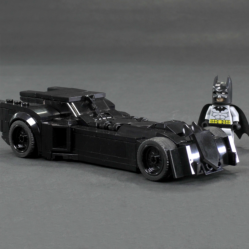 DC Rebirth Batmobile - Minifig Scale