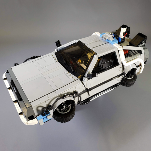 UCS DeLorean Time Machine