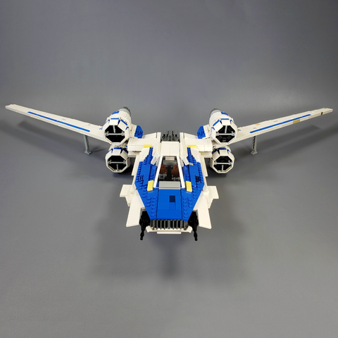 U-wing Starfighter - Minifig Scale