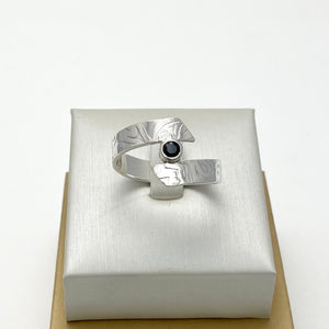 Men's Twisted Black Ring with Natural Black Spinel