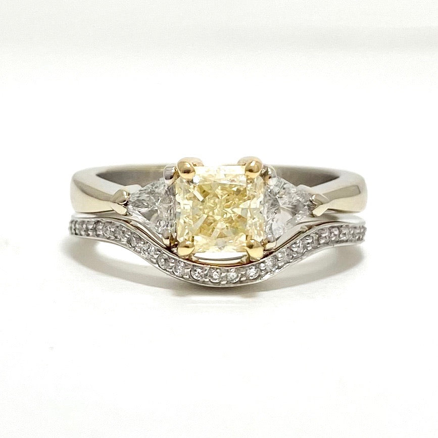 18K White and Yellow Gold Natural Yellow Diamond Engagement Ring and Wedding Band Set