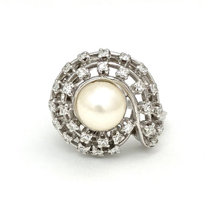 14K White Gold Pearl Ring with 29 Single Cut Diamonds