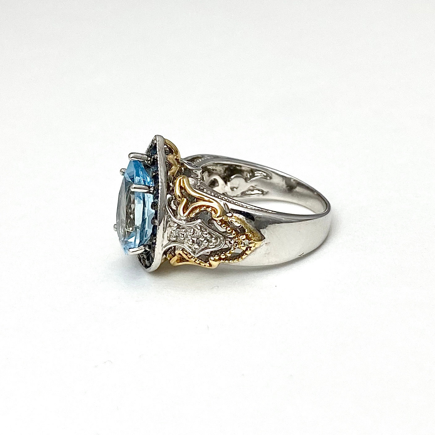 14K White and Yellow Gold Aquamarine, Sapphires and Diamonds Cocktail Ring