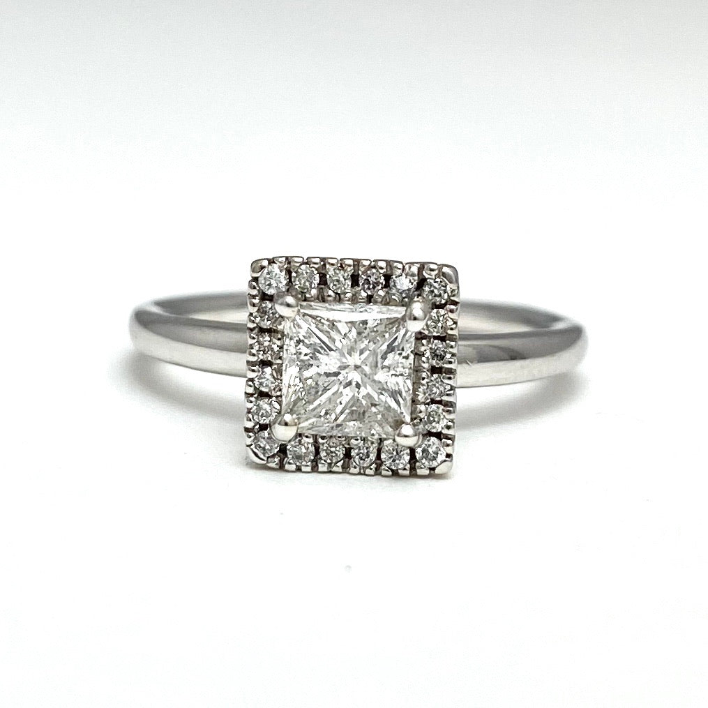 14k White Gold Cast Solitaire Diamonds Engagement Ring
