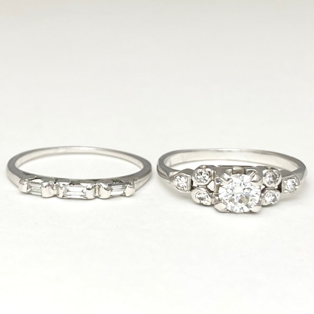 18K White Gold Diamond Engagement Ring and Wedding Band Set