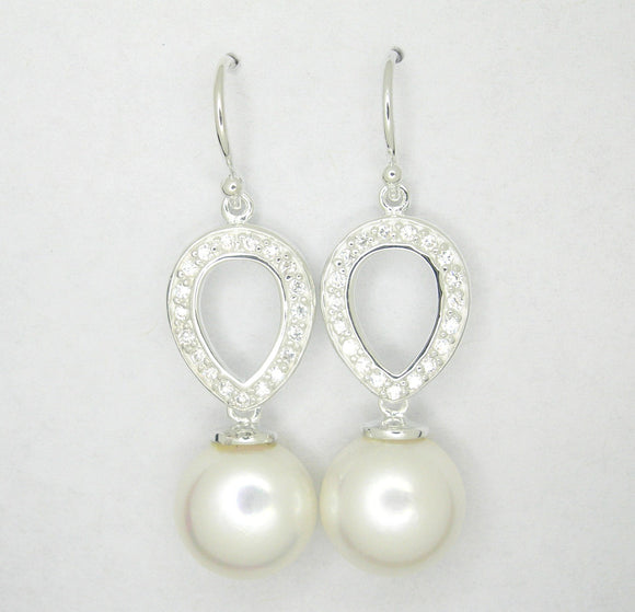 Pearl ear wire