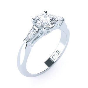 Trilogy round brilliant cut diamond engagement ring TDW124