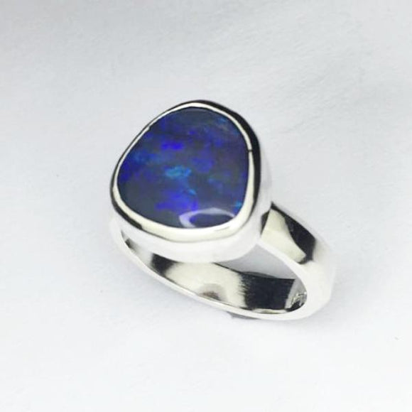Handmade opal silver ring, 2.78ct solid lightning ridge opal
