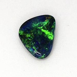 Genuine Solid Lightning ridge black opal 2.90 carats