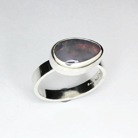 Handmade opal silver ring, 2.38ct solid lightning ridge opal.