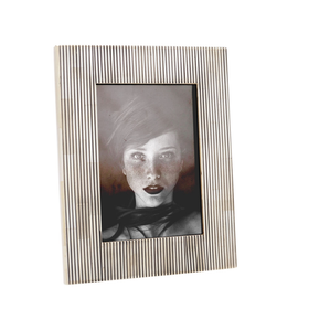 "Photo Frame 5x7"" - Stripe White / Black Bone"