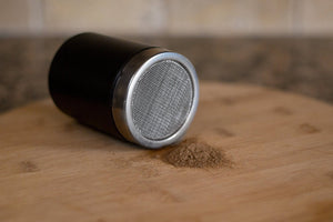 CREMA PRO Cocoa Shaker. A handy cocoa shaker to complete your set of the knock box and tamper.