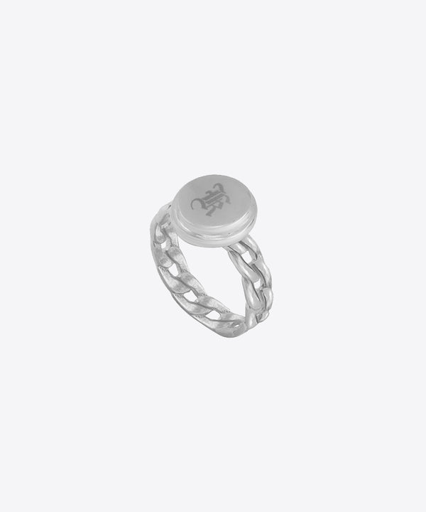 CHAIN BAND INITIAL SIGNET RING