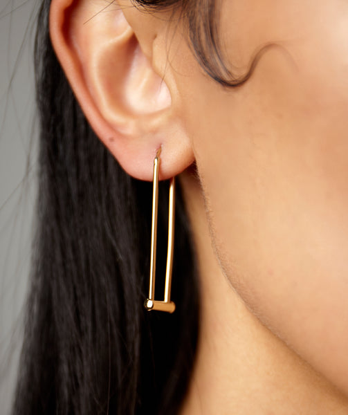 HARDWARE VERTICAL EARRINGS