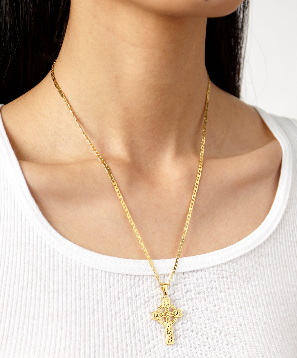 WESTMINSTER CROSS NECKLACE