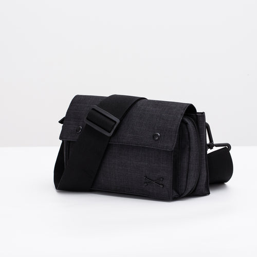Finlay Sling Pack - Black