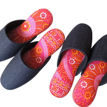 XL : Denim Hiroshima MIX × Batik Slippers (AKA-hana)【JP 29cm】 - Heiwa Slipper