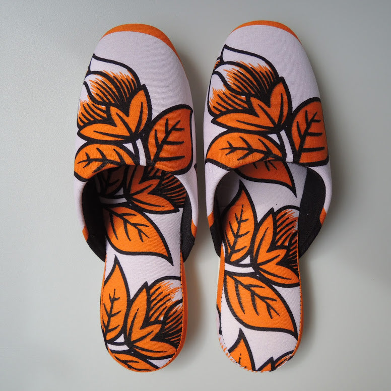 Large [27cm] : Batik Mix Slippers (2bo-me Flowers)  HM - Heiwa Slipper