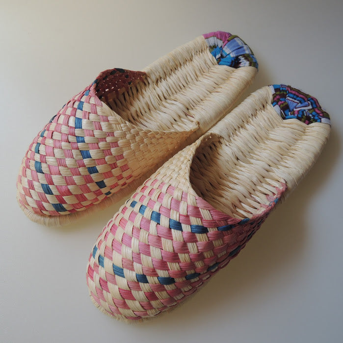 Corn Husks Upcycle Slippers / #2019-012 / Medium - Heiwa Slipper