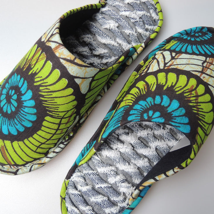 [Size 25.5m] Ammo-Naitou Rune-Me Batik×Denim upcycle soles slippers #2 - Heiwa Slipper