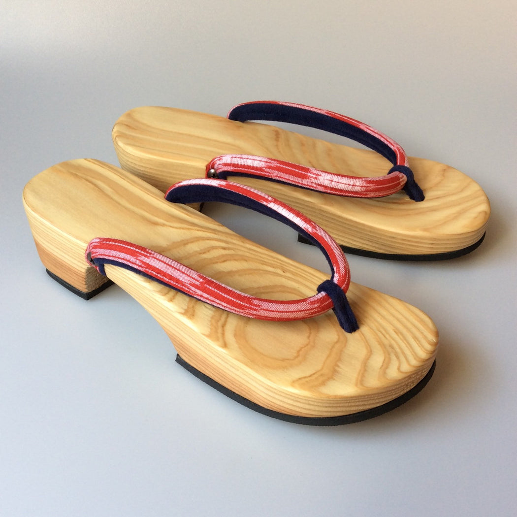 Japanese Sandals Natural Wood (#1) - Heiwa Slipper