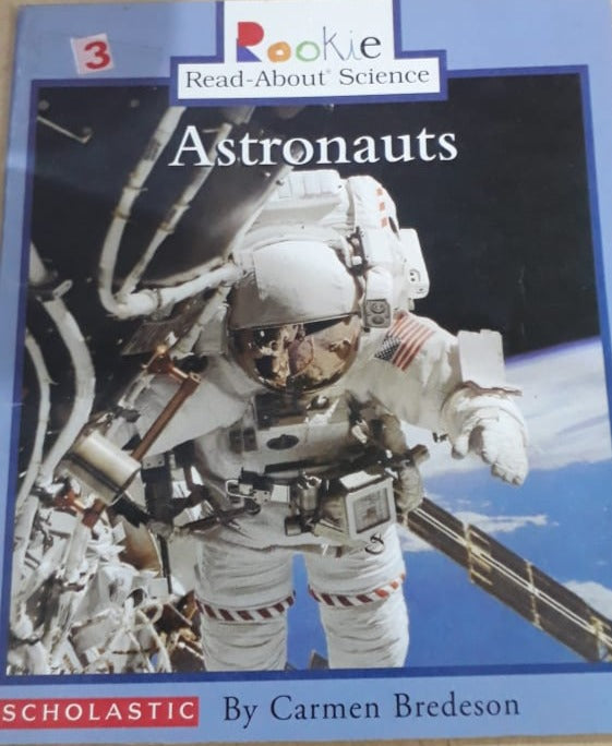Rookie Read About Science - Astronauts By Carmen Bredeson