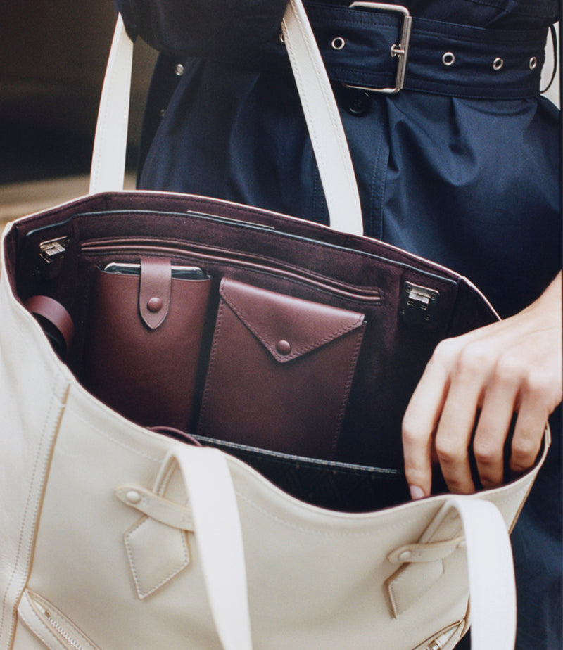 Runaway II Essentials Shoulder Bag Atelier Calfskin Havana