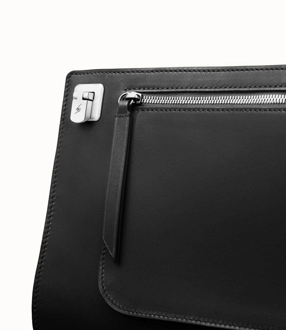 Runaway II Essentials Shoulder Bag Atelier Calfskin Black