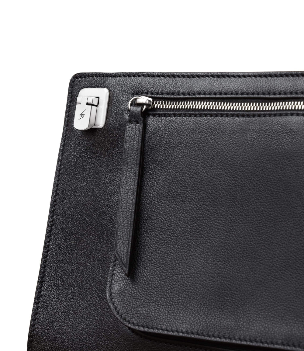 Runaway II Essentials Shoulder Bag Buffalo Black